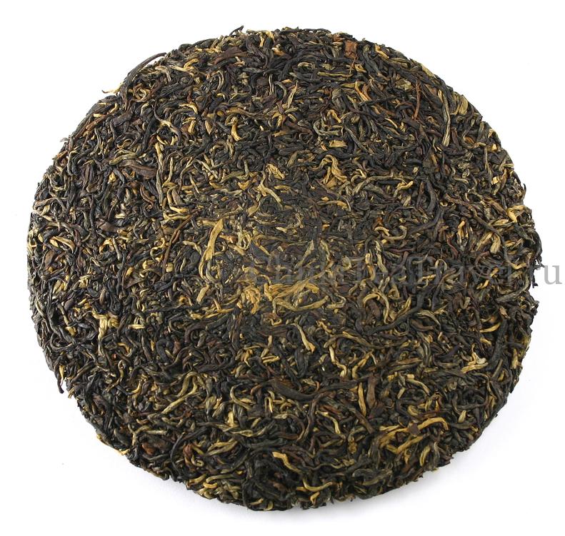 Так выглядит Красный чай из Гу Шу сырья. Ailao Gu Shu Sai Hong Spr'18