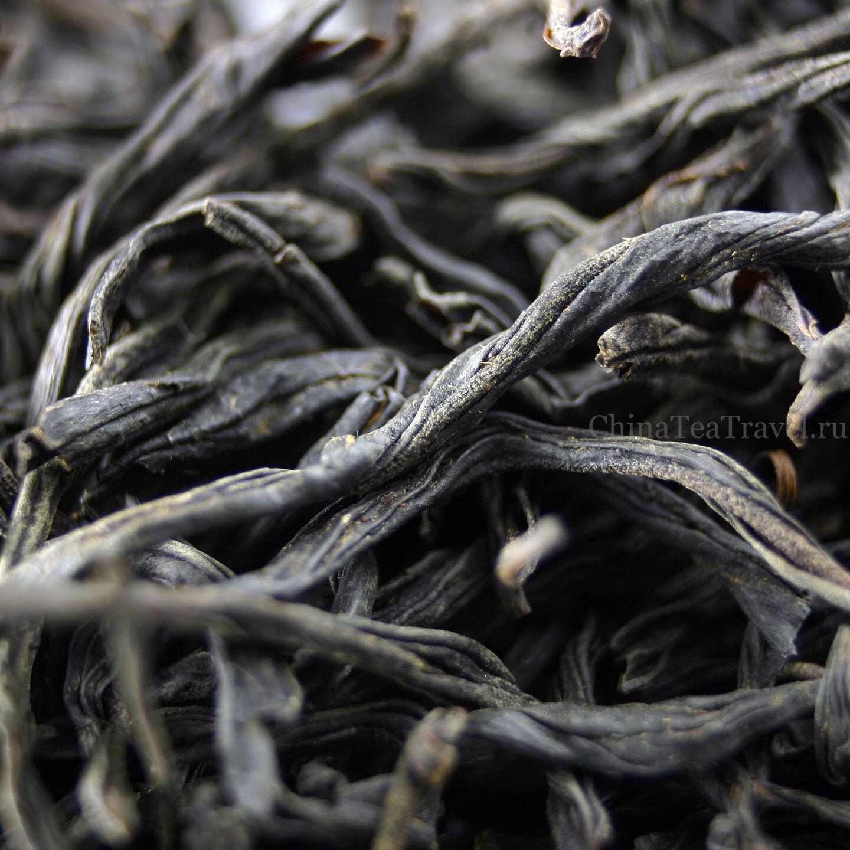 Красный гуандунский чай среднего огня. Yin Jun Mei макросъемка