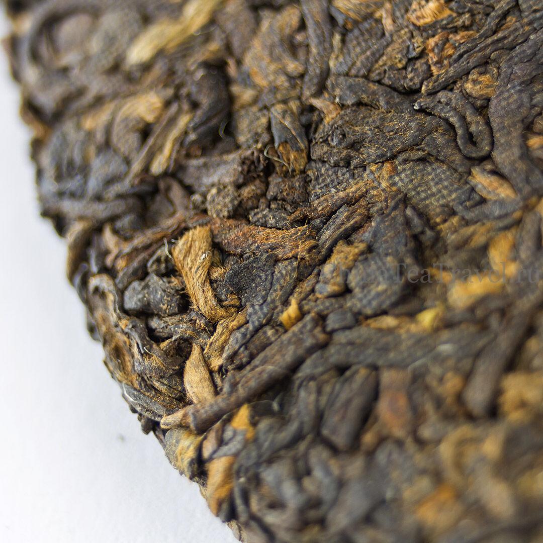 2 Шу пуэр из ИУ «Легенда ИУ» Yiwu Shu Puerh '05 Spr. Tea trees&bushes 100 y.o.