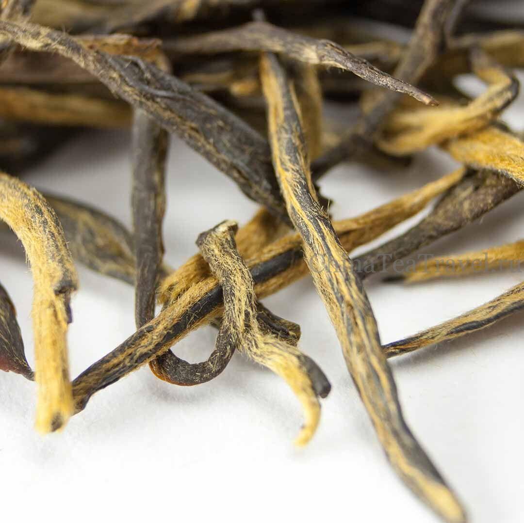 3 Красный чай «Сосновые иглы из Уляни». Wulliang Song Zhen Da Shu Hong Cha '19 Spr. Tea bushes 70-80 y.o.
